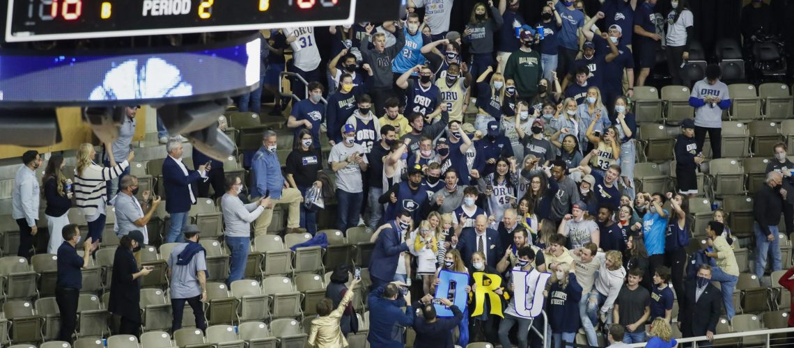Oral Roberts fans
